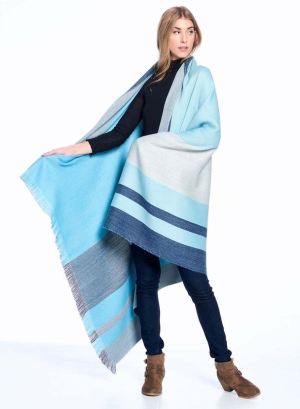 Cool Agave Alpaca Throw showing front/back