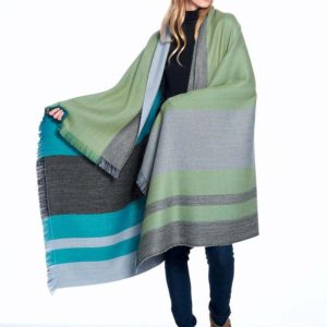Weeping Willow Alpaca Throw showing back & front