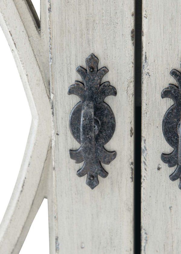Mirabella door pull detail